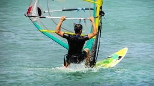 windsurfing-1404208_1920